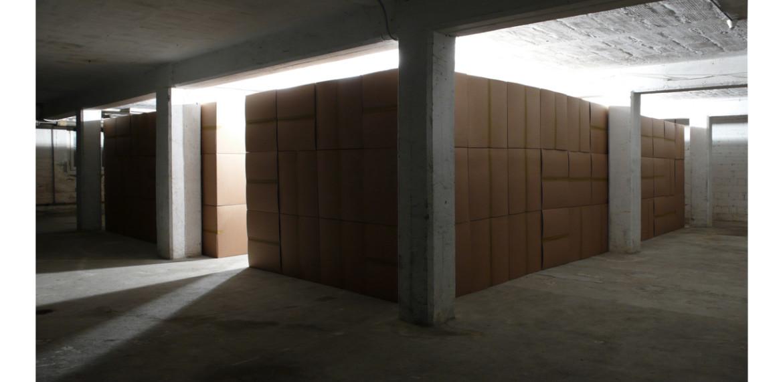 <em>111 prepared DC motors, cardboard boxes 60x60x60cm</em>